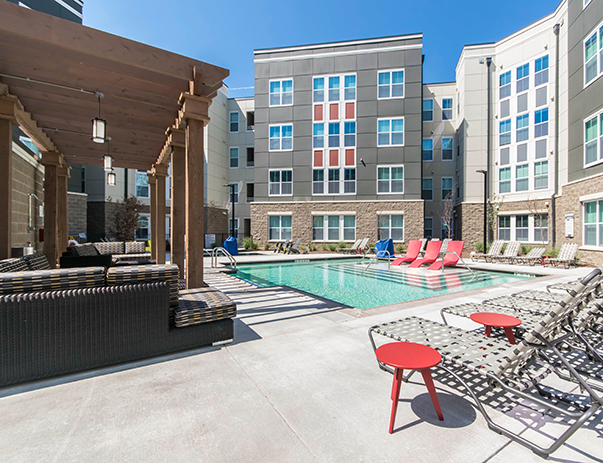 Swimming pool with hot tub & sun deck at University Pointe