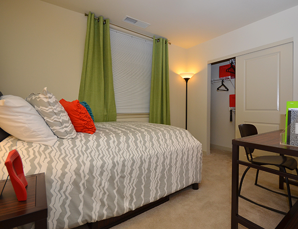 The Varsity Apts Near Univ Of Maryland 1 2 3 4 Brs