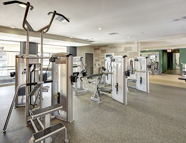 Fitness center at Plaza on University
