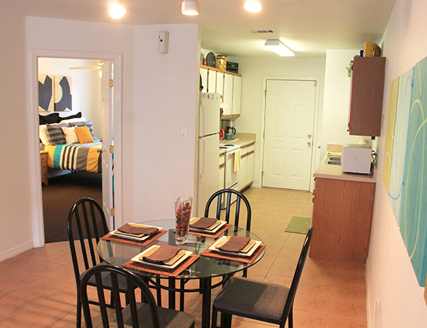 Dining room at College Club Townhomes