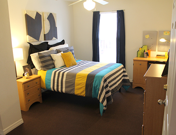 Fully furnished, private bedroom at College Club Townhomes