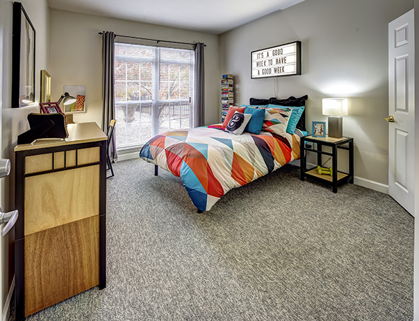 Fully furnished private bedroom at Olde Towne University Square.