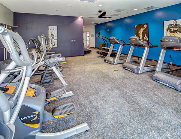Fitness center at U Club Sunnyside