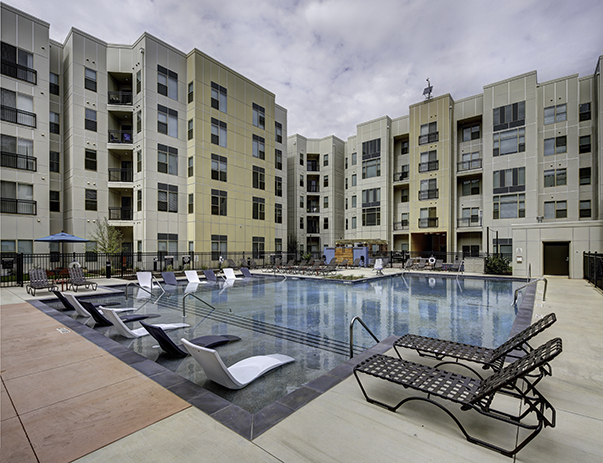 Pool at Callaway House Apartments