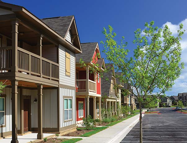 apartments near campus san marcos tx student housing exterior view of the retreat near texas state university in san marcos tx student housing apartments