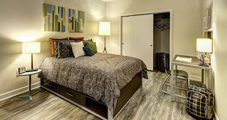 Private bedrooms at Crest at Pearl near UT Austin