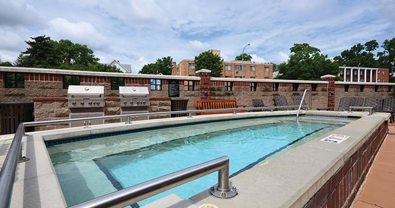 Swimming pool and sundeck at University Commons