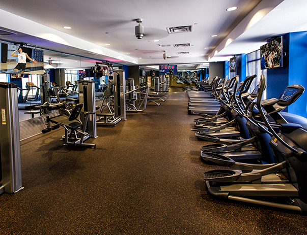 Fitness center at Dolphin Cove