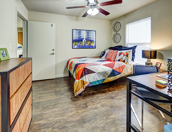 Fully furnished, private bedroom at Uptown Apartments in Denton, TX near the University of North Texas