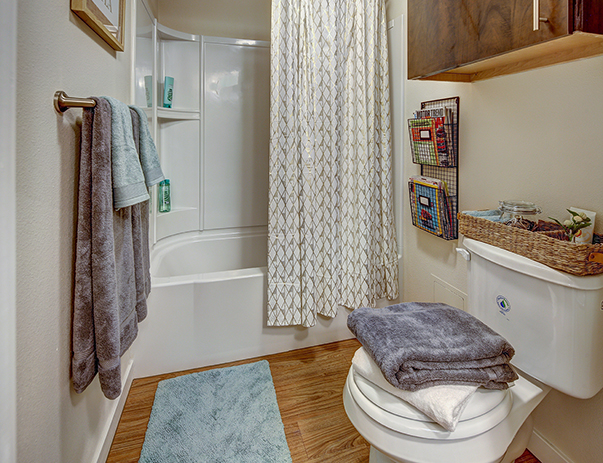 Spacious bathroom at The Callaway House Austin