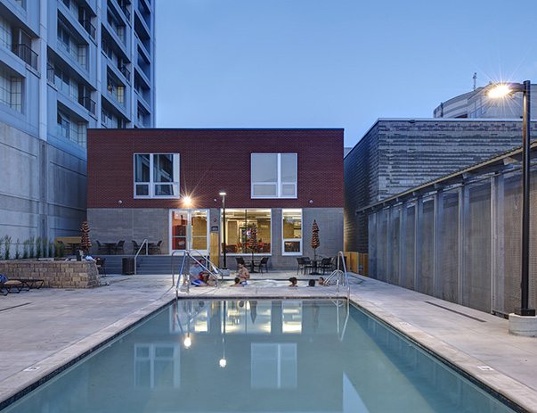 Swimming pool and sundeck at Campustown