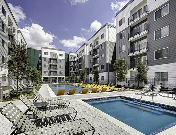 Swimming pool  and sundeck at U Pointe on Speight