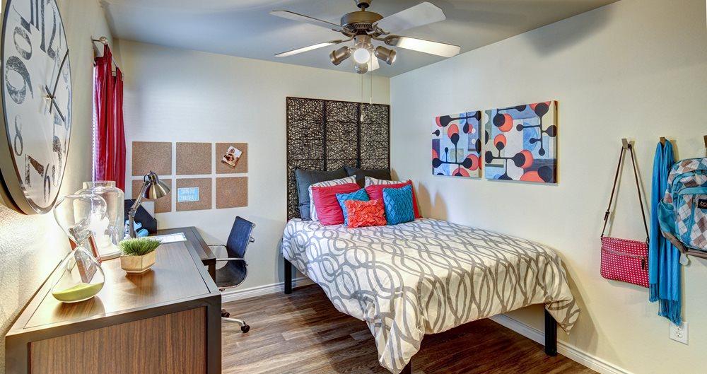 Denton Student Apartments Near UNT & TWU | American Campus