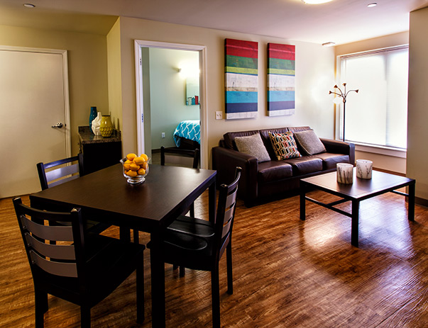 Fully furnished living room at Dolphin Cove