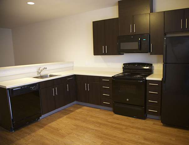 Fully equipped kitchen at Lakeside Graduate Housing