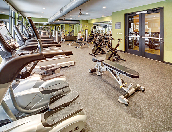Fitness center at Crest at Pearl