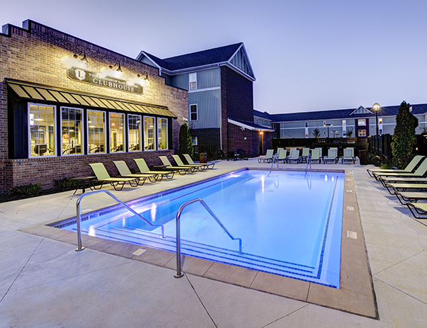 Swimming pool and sun deck at The Lodges of East Lansing