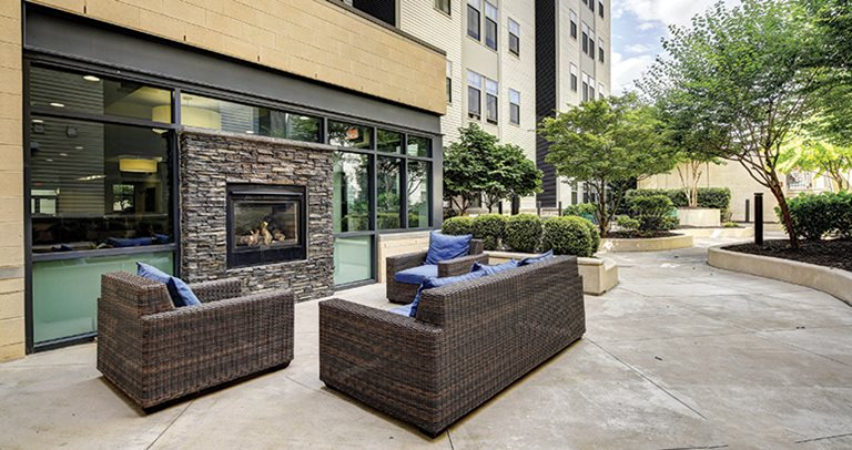 Outdoor Fireplace 8 1/2 Canal near Virginia Commonwealth University