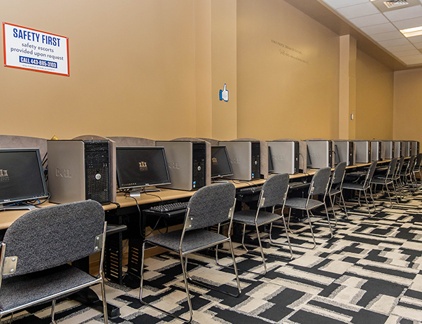 Computer Center with PCs at Morgan View