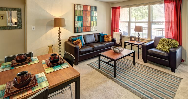 Uptown Apartments - Student Housing - Denton, TX