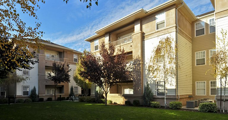 University Village Fresno - Student Housing - Fresno, CA