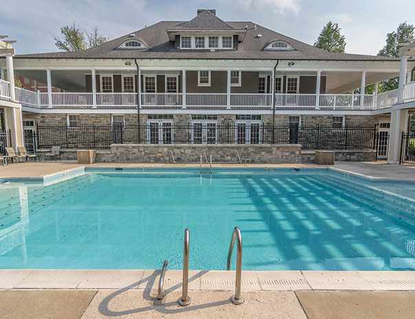 Swimming pool and sundeck at University Village