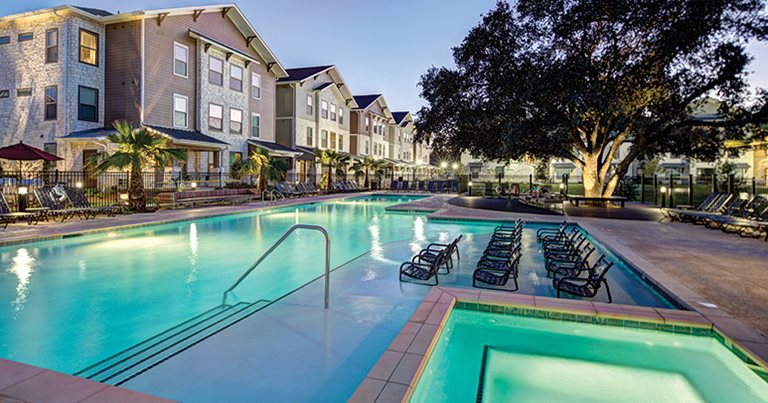 U centre at northgate student housing college station tx - Swimming pools in college station tx ...