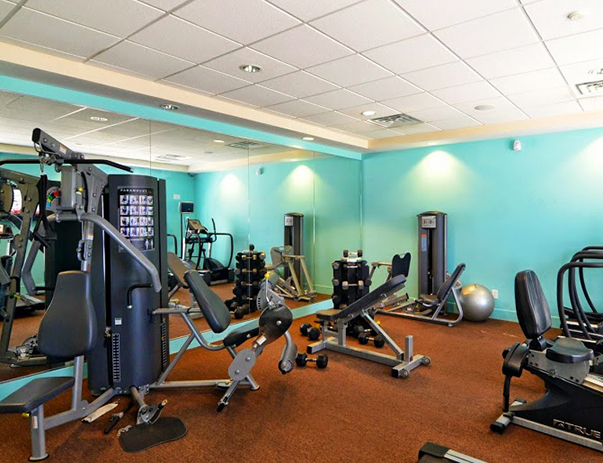 Fitness center at Independence Place Apartments