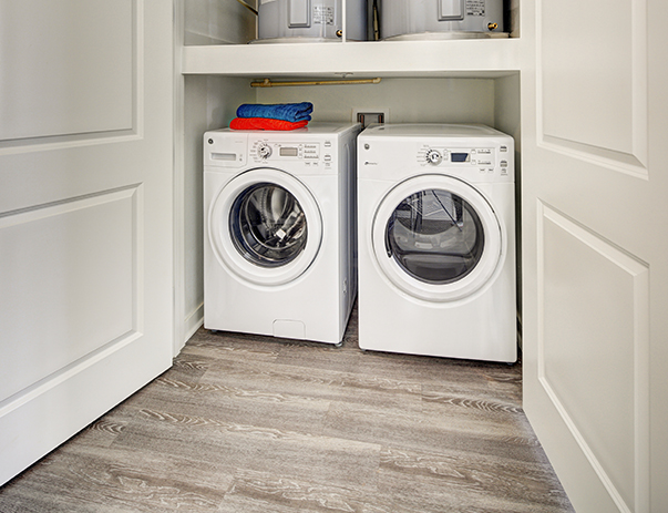 Washer and dryer at Callaway House Apartments